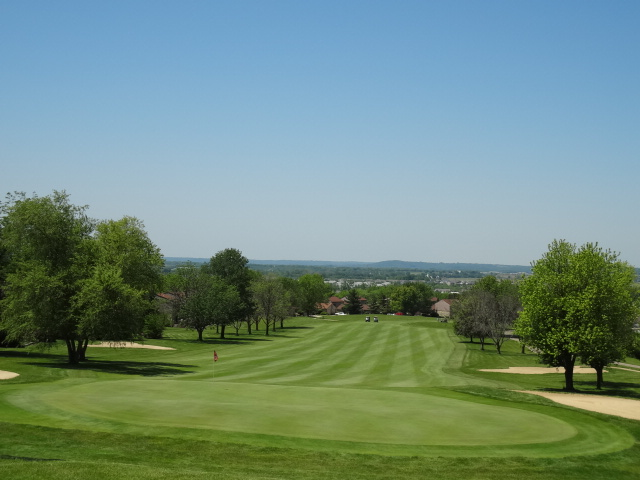 Beckett Ridge Golf Course - The Lowry Team