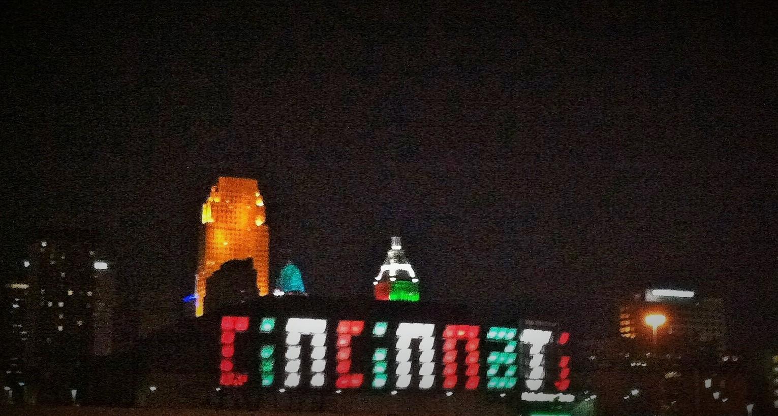 The Lowry Team Holiday Light Displays Near Cincinnati