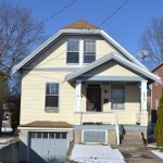 6916 Cambridge Avenue Cincinnati OH 45227 - Front