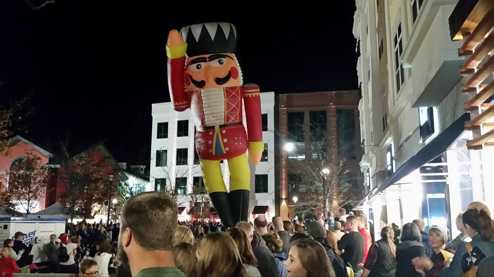 Christmas Parade and Tree Lighting at Liberty Center 2